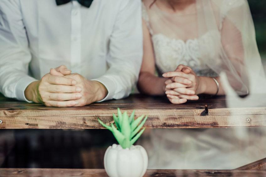 【コラム】結婚式にお呼ばれ!あなたのコーデは大丈夫!?